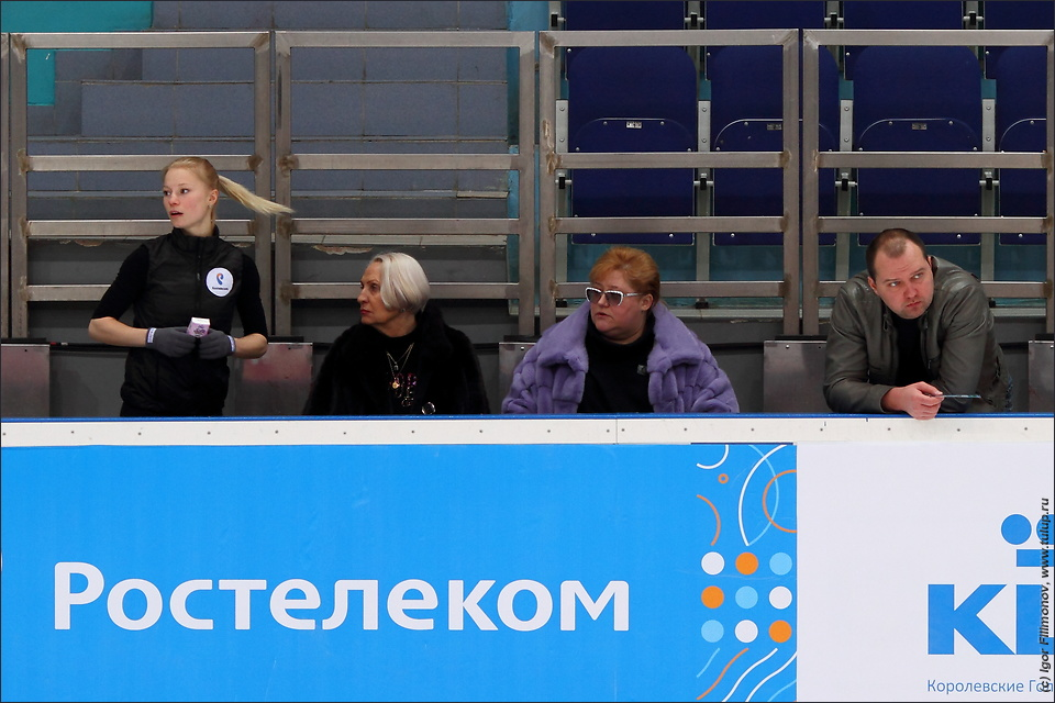 http://freeskating.info/gallery/russian_nats_2016/dec23a/small/img_5782s.jpg